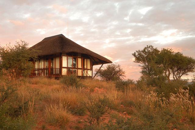 Rondreis Namibie Gocheganas lodge and spa chalet -2