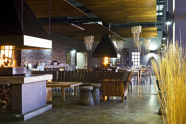 Rondreis Namibie Fish River Lodge bar en restaurant
