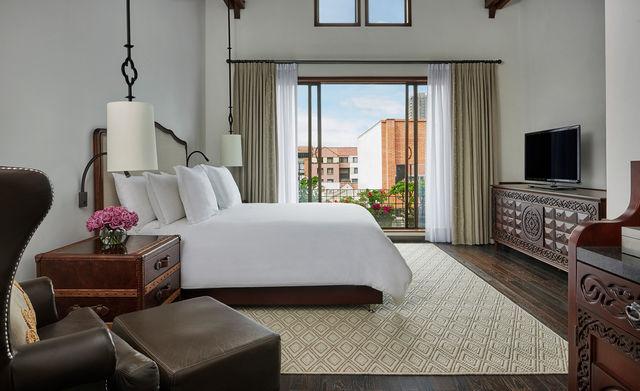 Rondreis Colombia Cundinamarca Bogota Casa Medina 2-persoons slaapkamer met balkon