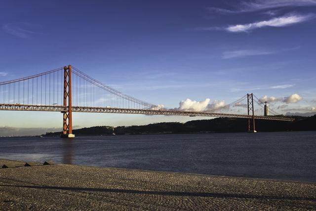 Brug Ponte 25 de Abril Lissabon