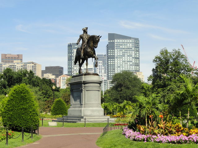Boston Public Garden park Massachussets
