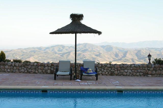 Fuente de Sol Antequera buitenzwembad