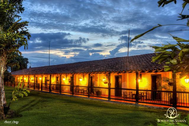 Rondreis Colombia Risaralda Filandia Bosques del Saman Casas rusticas superior