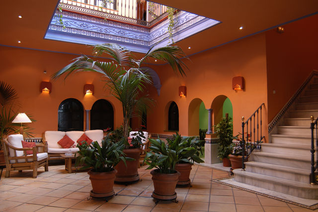 Patio de la Alameda Sevilla lobby