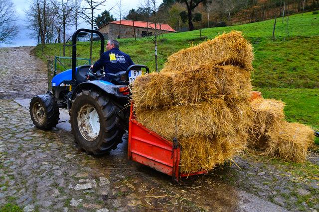 Quinta da Mata Chaves tractor hooibalen