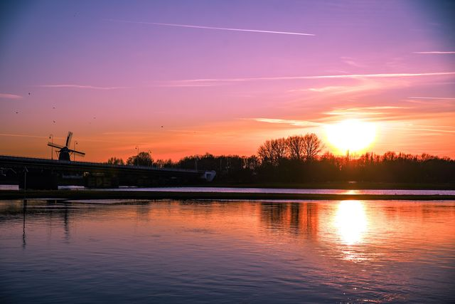 Zonsondergang Deventer Overijssel Nederland