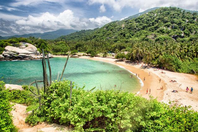 Rondreis Colombia Magdalena Tayrona National park prachtige stranden