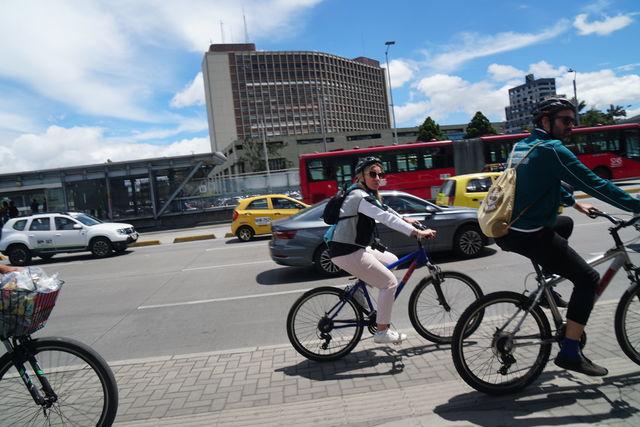 Rondreis Colombia Bogota fietstour straatbeeld