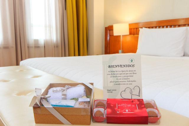 Rondreis Colombia Bogota Hotel de la Opera, welkom met verzorgingsproducten