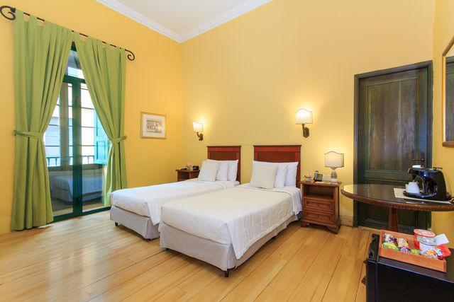 Rondreis Colombia Bogota Hotel de la Opera voorbeeld slaapkamer