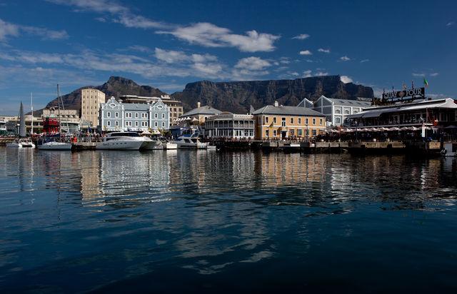 rondreus zuid-afrika Kaapstad Waterfront en Tafelberg