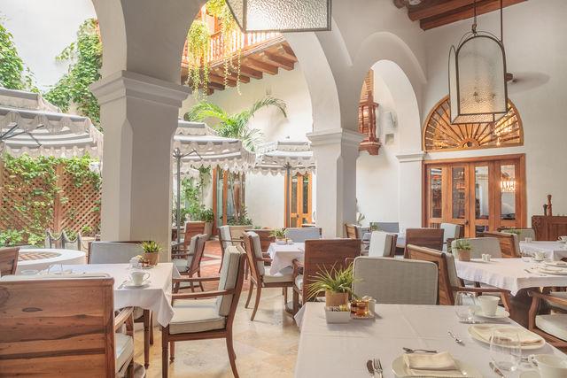 Rondreis Colombia Bolivar Cartagena Casa San Agustin het restaurant op de benedenverdieping