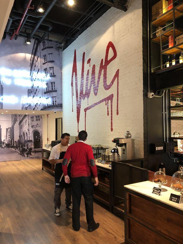 Rondreis Colombia Cundinamarca Bogota B3 Virrey trendy koffiecorner