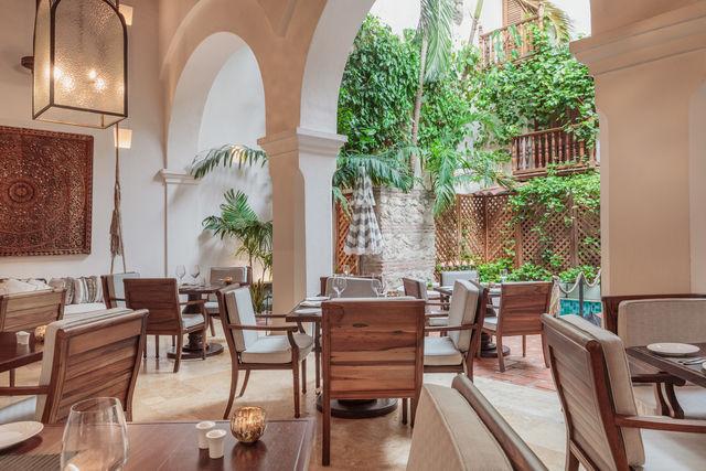 Rondreis Colombia Bolivar Cartagena Casa San Agustin restaurant niet ingedekt
