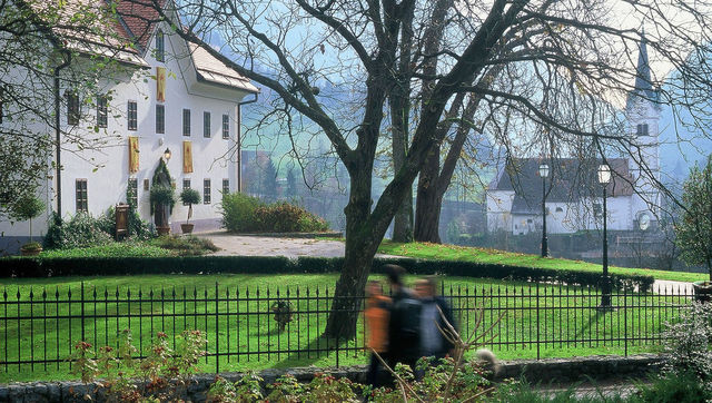 Kendov Dvorec Spodnja Idrija buiten