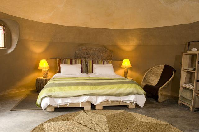 Rondreis Namibie Damaraland Camp Kipwe slaapkamer