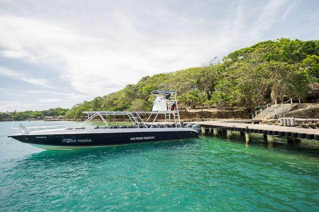 Rondreis Colombia Bolivar Islas Rosario San Pedro de Majagua met de boot die de verbinding met Cartagena onderhoudt