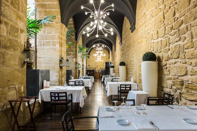 Los Agustinos Haro restaurant