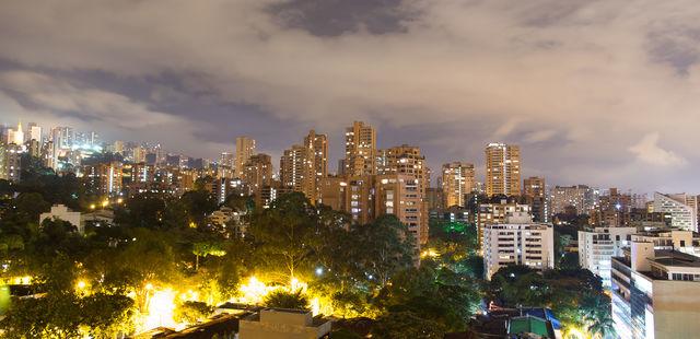 Rondreis Colombia Medellin de trendy wijk El Poblado