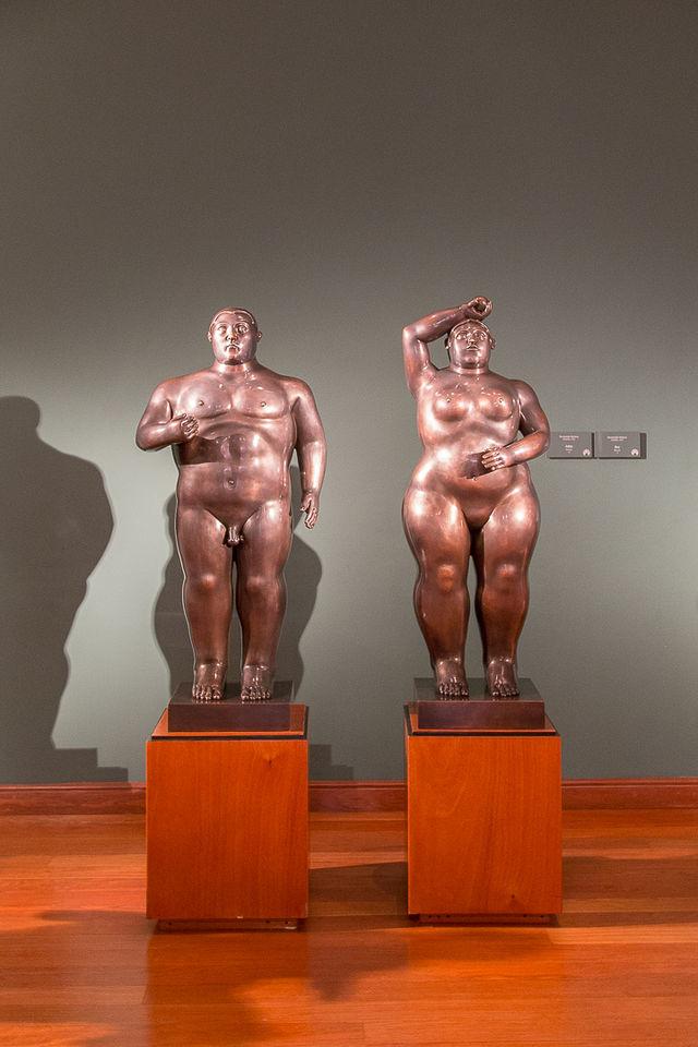 Rondreis Colombia Bogota Museo Botero met twee kenmerkende beelden