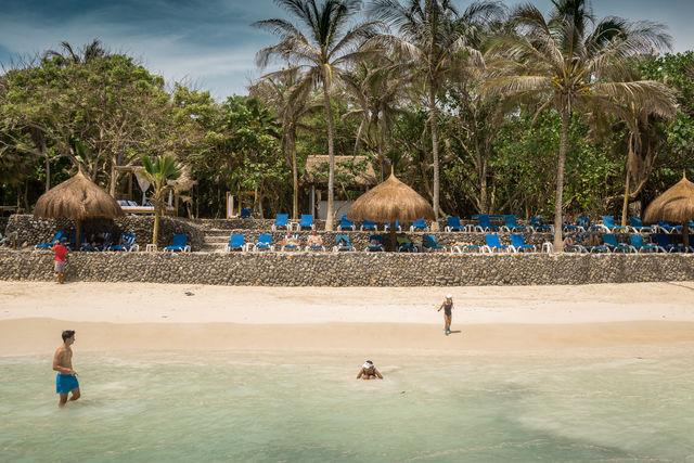 Rondreis Colombia Bolivar Islas Rosario San Pedro de Majagua het strand
