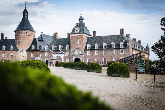 Middeleeuws verblijf in Kasteel Wasserburg Anholt   AmbianceTravel