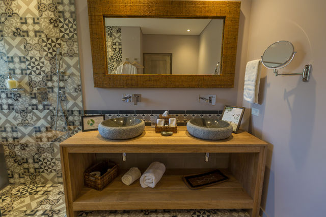 Rondreis Colombia Antioquia Medellin Patio del Mundo zeer verzorgde badkamer