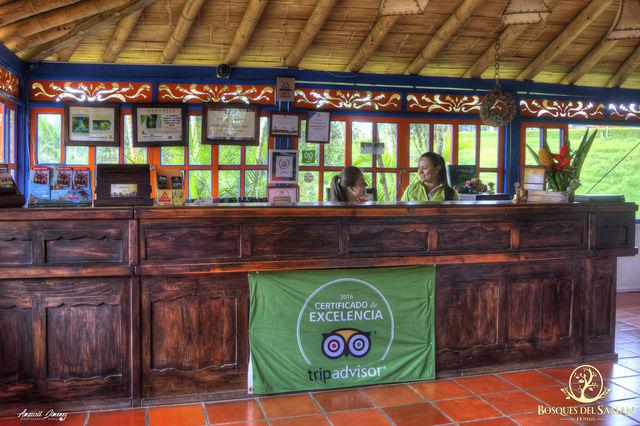 Rondreis Colombia Risaralda Filandia Bosques del Saman receptie