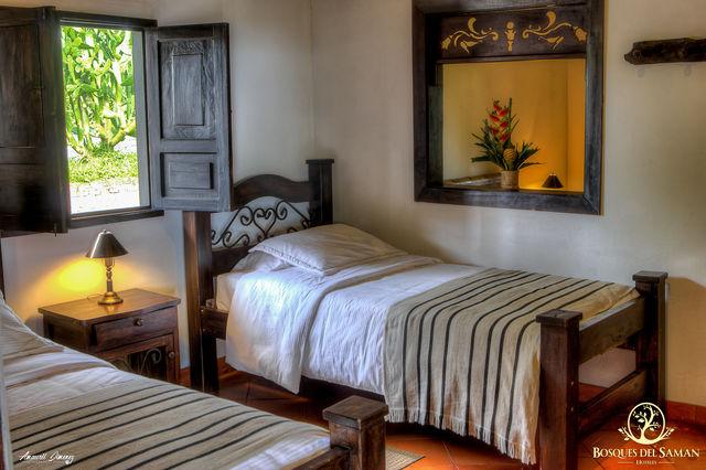 Rondreis Colombia Risaralda Filandia Bosques del Saman Casa Rustica superior room