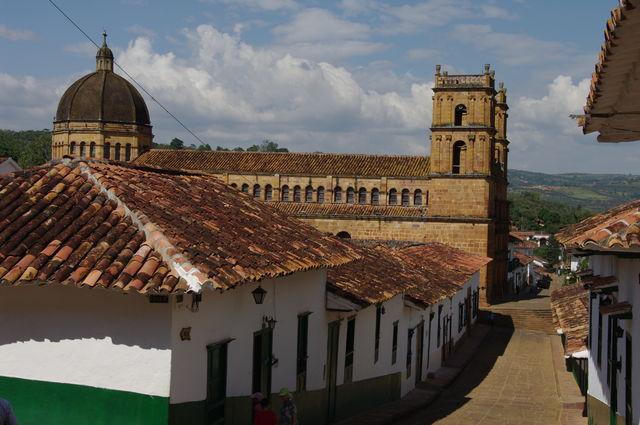 Rondreis Colombia Santander Barichara, een rustig straatje