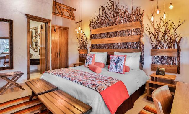 Rondreis Colombia Risaralda Pereira Casa San Carlos Lodge met dubbel bed