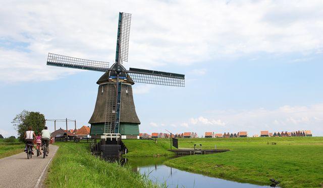 Molen bij Katwoude Noord-Holland Nederland