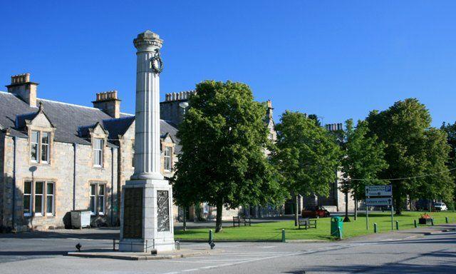 Oorlog monument Grantown on Spey Schotland