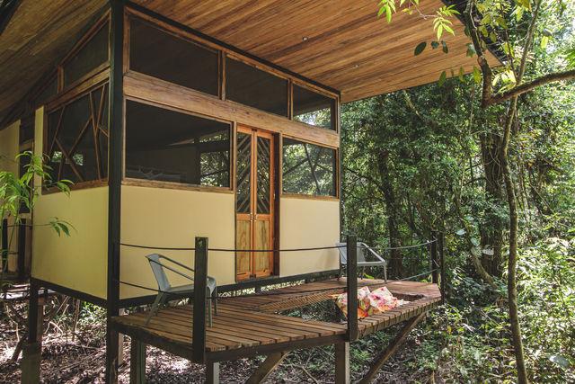 Rondreis Colombia Meta Macarena La Minigua Lodge een oude cabin