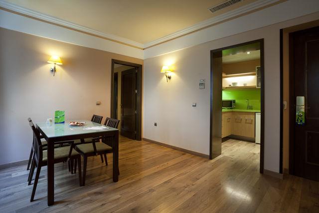 Suites Gran Vía 44 Granada woonkamer