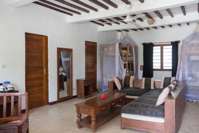 Rondreis Tanzania Reef and Beach Resort Zanzibar familiekamer