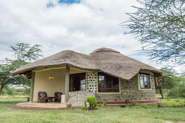 Rondreis Tanzania Lake Manyara bungalow