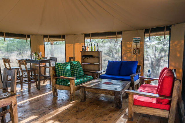 Rondreis Tanzania Serengeti restaurant