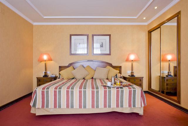 Palacio San Martin Madrid suite