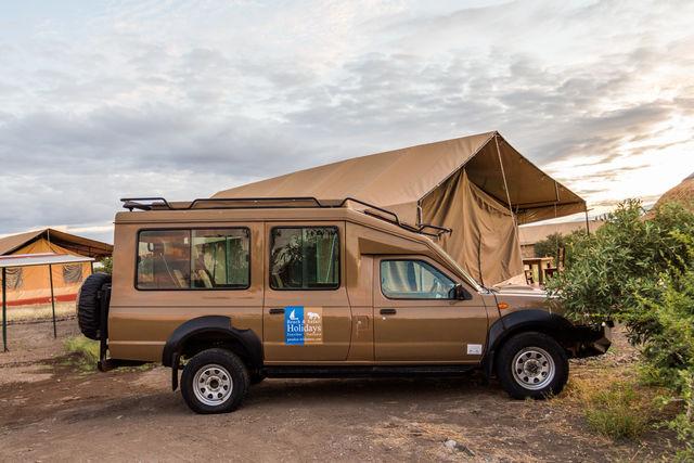 Rondreis Tanzania Lake Natron safari wagen