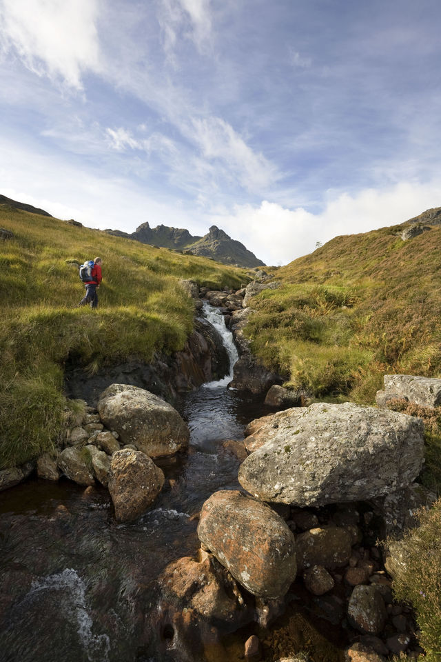 Bergen beekje wandelen Schotland